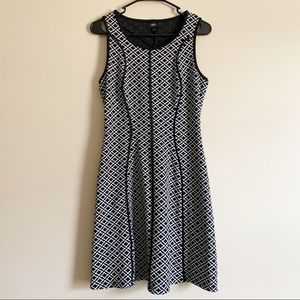 MOSSIMO / black & white fit & flare dress / S